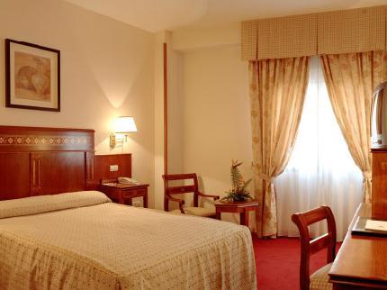 Ofertas de hoteles baratos for Hoteles bonitos madrid