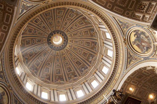 Cupula de San Pedro del Vaticano