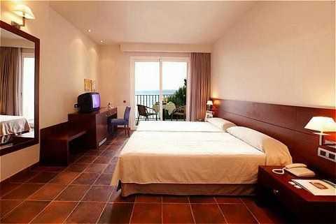 Hotel Silken Park Hotel San Jorge 4*