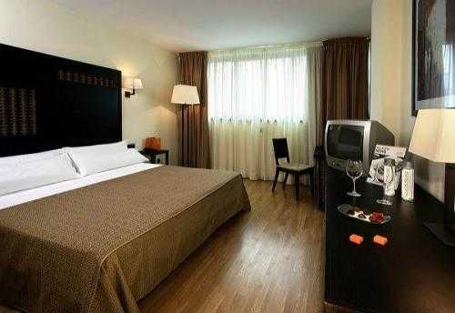 Hotel Silken Puerta Málaga 4*