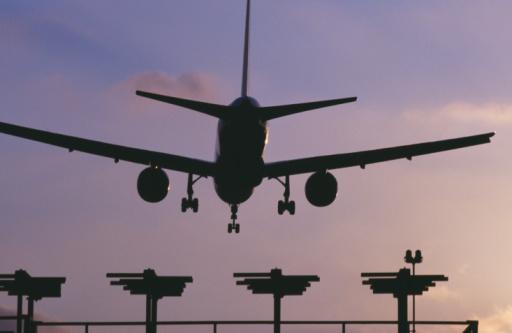 Avión, aterrizaje, vuelo