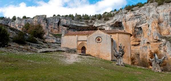 iglesia templaria en Rio Lobos
