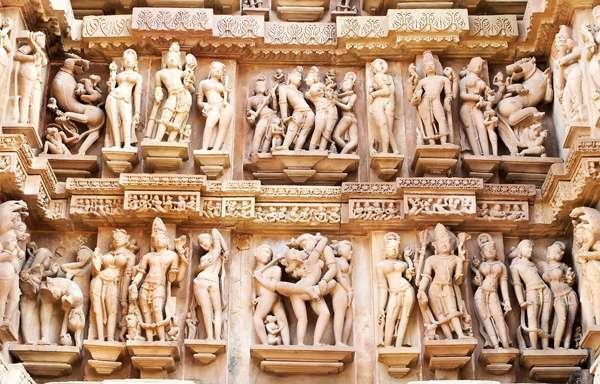 Relieves en los templos de Khajuraho