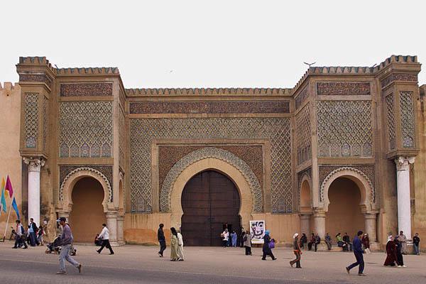bab-el-mansour-en-meknes