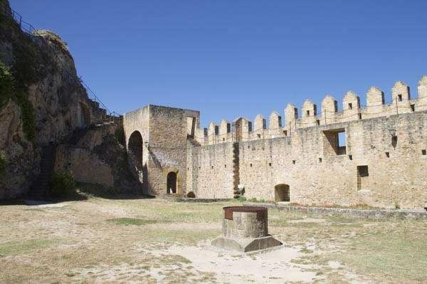 Castillo de Burgos - interior