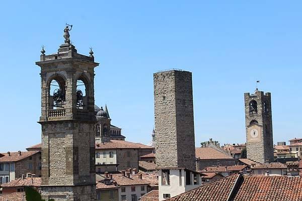 torres de Bérgamo