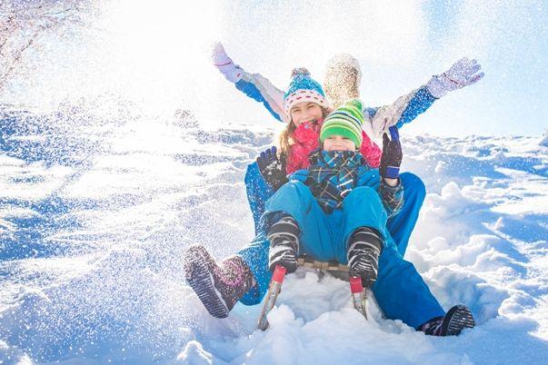 Viajar a la nieve con niños