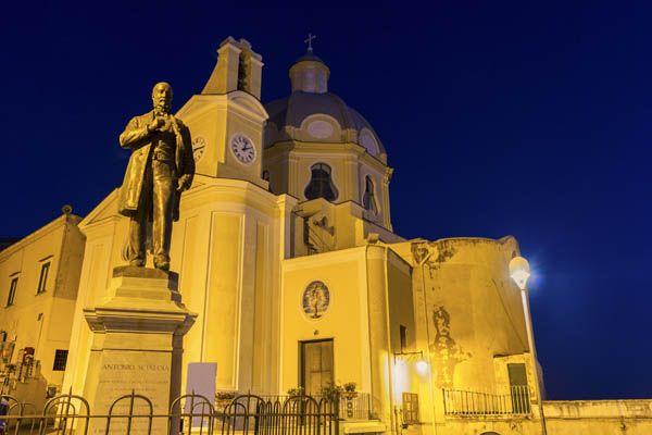Iglesia en Procida