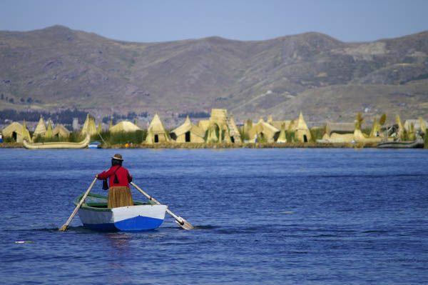 Isla de Uros Lago Titicaca