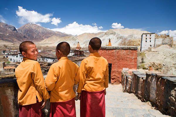 Pequeños monjes en el Tibet
